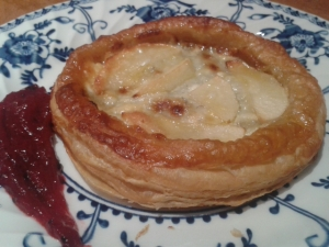 Inne's Log Goat's Cheese and Apple Tarts with Plum Sloe Gin Sauce